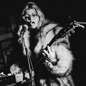 Born in Moscow, raised in Tel Aviv, lives in Berlin. Over the last five years, Ocher became a rather prominent character in the European queer music world thanks to her powerful folk blues rock voice, her unsettling lyrics and her slightly out-of-this-world live performances...